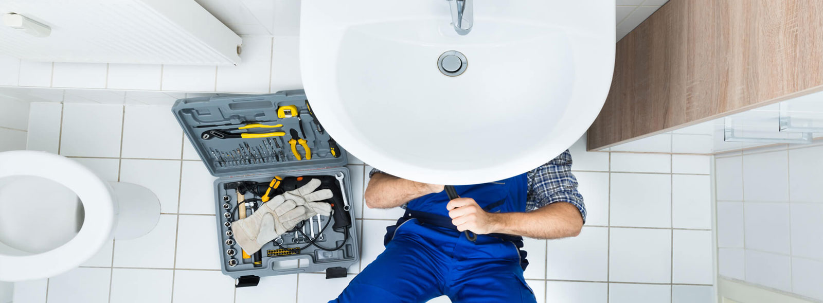 Plumbing-bath-kitchen-sink-taps-leaks